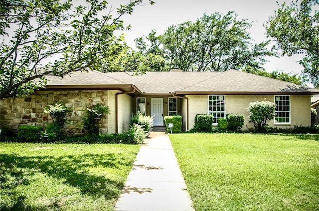 6932 Trail Lake Drive, Fort Worth, TX 76133 (MLS #13937123) :: Frankie Arthur Real Estate