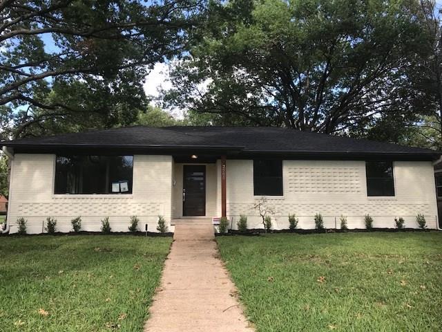 2505 Dorrington Drive, Dallas, TX 75228 (MLS #13939039) :: RE/MAX Town & Country