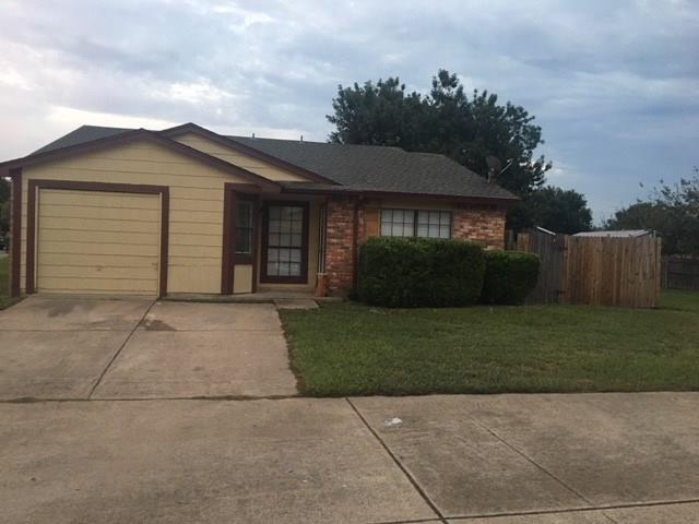 415 Justice Street, Cedar Hill, TX 75104 (MLS #13939661) :: Exalt Realty