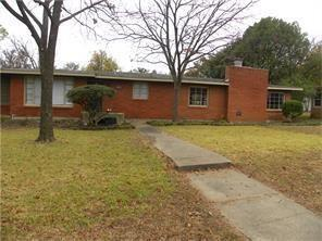 7274 Hardisty Street, Richland Hills, TX 76118 (MLS #13939709) :: RE/MAX Town & Country