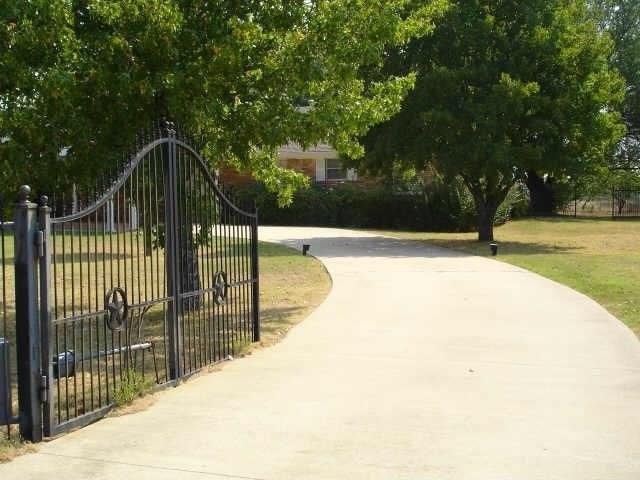 810 Laurence Drive, Heath, TX 75032 (MLS #13952037) :: RE/MAX Landmark