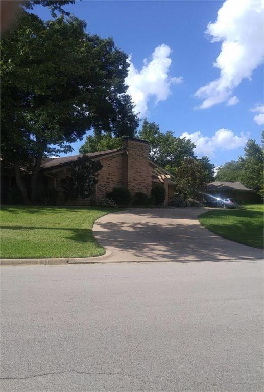 24 Crosslands Road, Benbrook, TX 76132 (MLS #13952517) :: Potts Realty Group