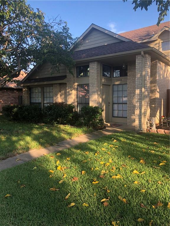 2548 Winter Oak Street, Dallas, TX 75227 (MLS #13953471) :: Baldree Home Team