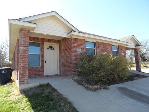 3129 Loraine Street, Fort Worth, TX 76106 (MLS #13954900) :: The Hornburg Real Estate Group