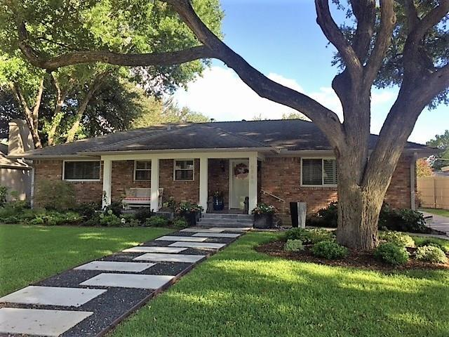 6846 Whitehill Street, Dallas, TX 75231 (MLS #13956574) :: Robbins Real Estate Group