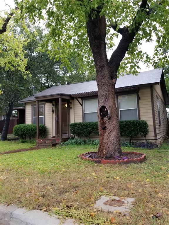 403 E Josephine Street, Weatherford, TX 76086 (MLS #13956879) :: NewHomePrograms.com LLC