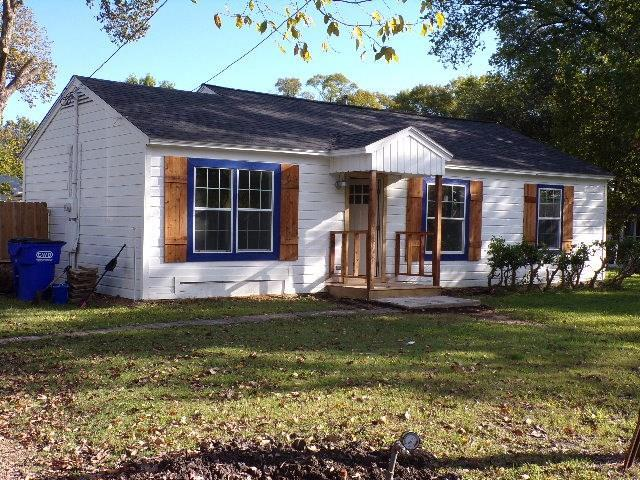 325 Austin Street, Forney, TX 75126 (MLS #13957417) :: RE/MAX Landmark