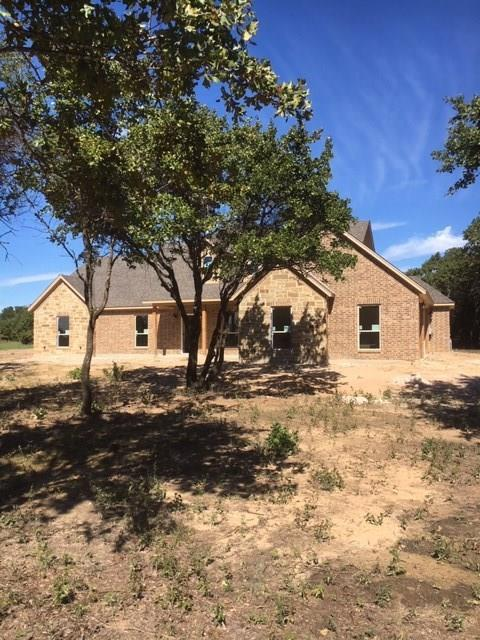 121 Oak Tree Drive, Poolville, TX 76487 (MLS #13957552) :: RE/MAX Town & Country