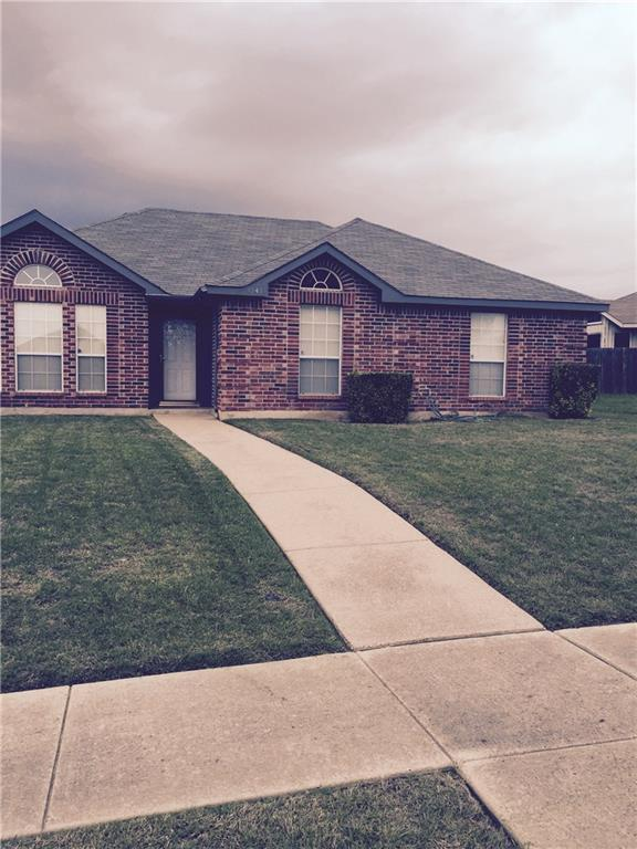 1341 Harvest Hill Lane, Lancaster, TX 75146 (MLS #13962268) :: RE/MAX Town & Country