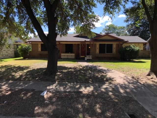 2029 Aloha Drive, Mesquite, TX 75150 (MLS #13963055) :: RE/MAX Town & Country