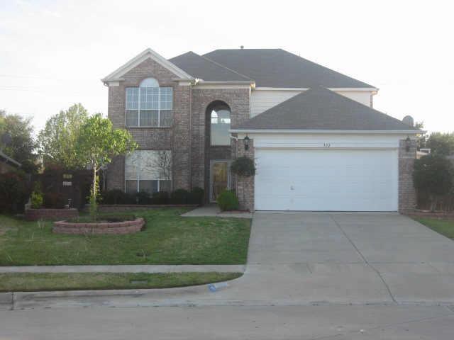 302 Winston Court, Euless, TX 76039 (MLS #13967499) :: The Holman Group