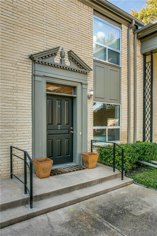7506 W Northwest Highway #2, Dallas, TX 75225 (MLS #13968508) :: Robbins Real Estate Group