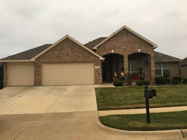 8131 Guadalupe Road, Arlington, TX 76002 (MLS #13970078) :: RE/MAX Town & Country
