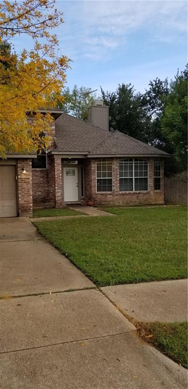 4334 Meriden Court, Grand Prairie, TX 75052 (MLS #13971174) :: Century 21 Judge Fite Company