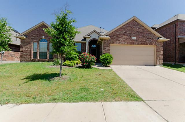 2124 Stoney Gorge, Fort Worth, TX 76177 (MLS #13972198) :: Baldree Home Team