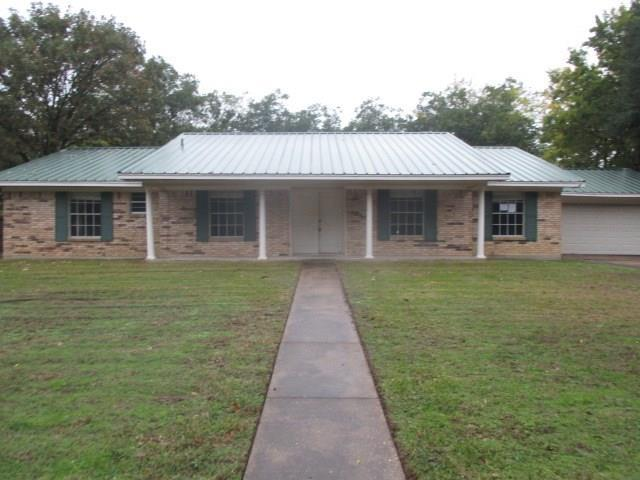 328 Highland Drive, Sulphur Springs, TX 75482 (MLS #13974098) :: RE/MAX Town & Country