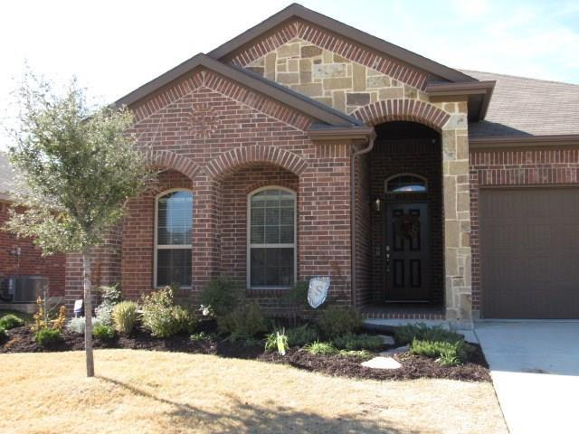 405 Delgany Trail, Fort Worth, TX 76052 (MLS #13975106) :: RE/MAX Landmark