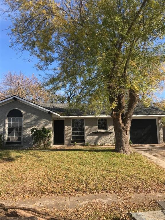 1810 Danbury Drive, Garland, TX 75040 (MLS #13977396) :: Kimberly Davis & Associates