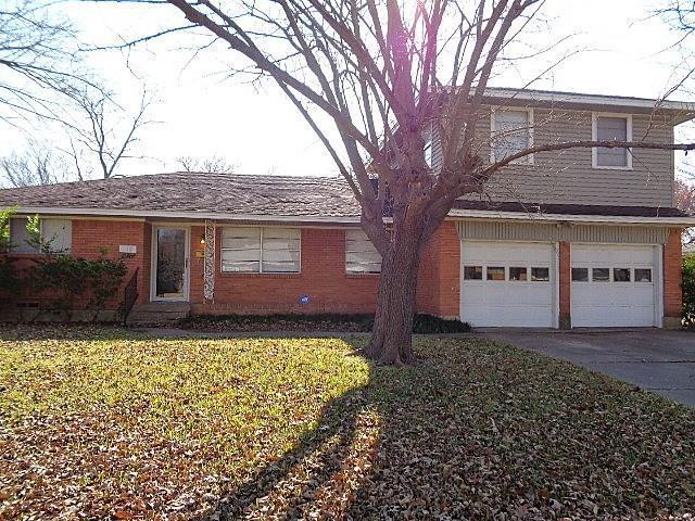 618 Lindenwood Drive, Lancaster, TX 75134 (MLS #13982765) :: Baldree Home Team