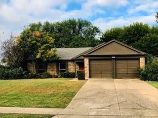5105 Timber Creek Road, Flower Mound, TX 75028 (MLS #13984521) :: Van Poole Properties Group