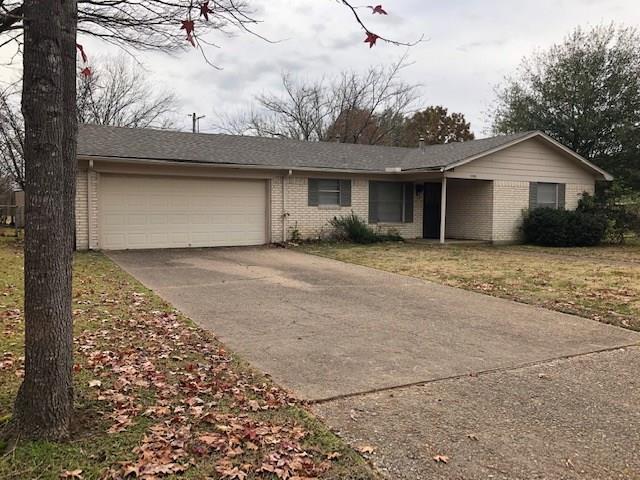 3703 Northpark Drive, Corsicana, TX 75110 (MLS #13987477) :: Steve Grant Real Estate