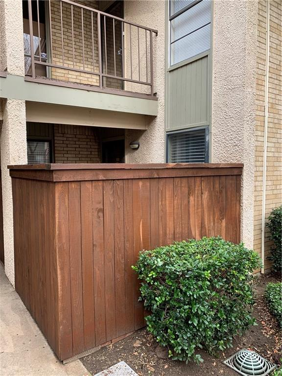 12810 Midway Road #1043, Dallas, TX 75244 (MLS #13988303) :: Hargrove Realty Group