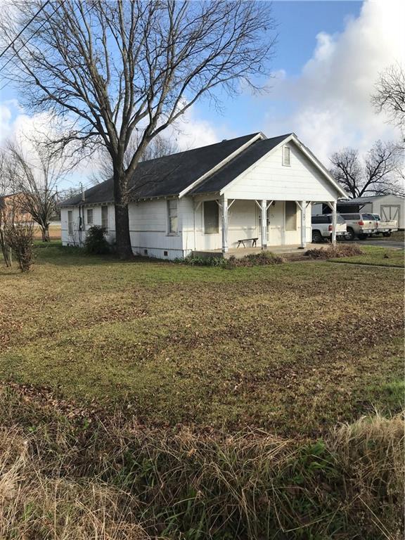101 8th Street, Joshua, TX 76058 (MLS #13988974) :: Robbins Real Estate Group