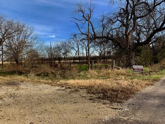 1011 Spring Creek Road, Collinsville, TX 76233 (MLS #13989142) :: All Cities Realty