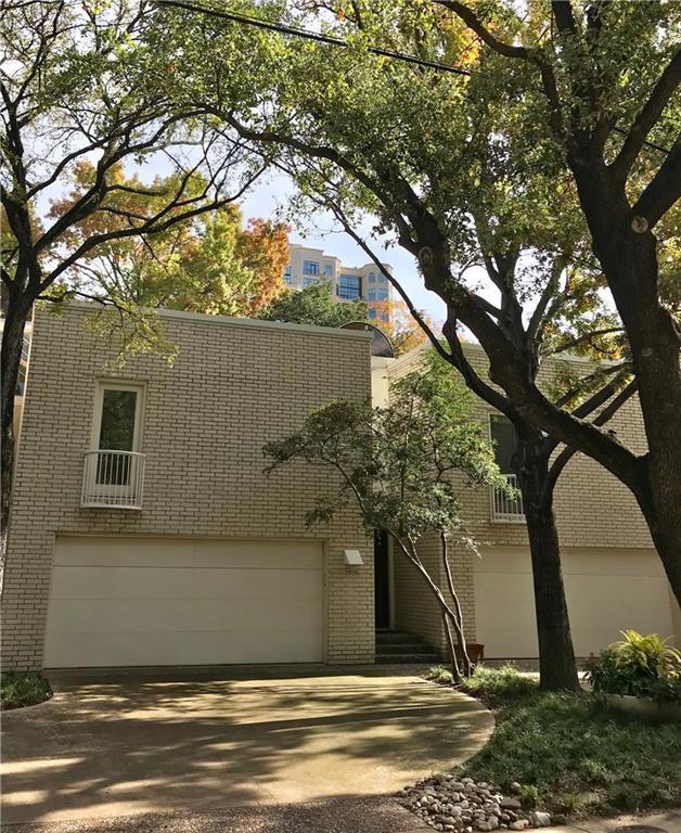 2808 Welborn Street #4, Dallas, TX 75219 (MLS #13989408) :: The Heyl Group at Keller Williams