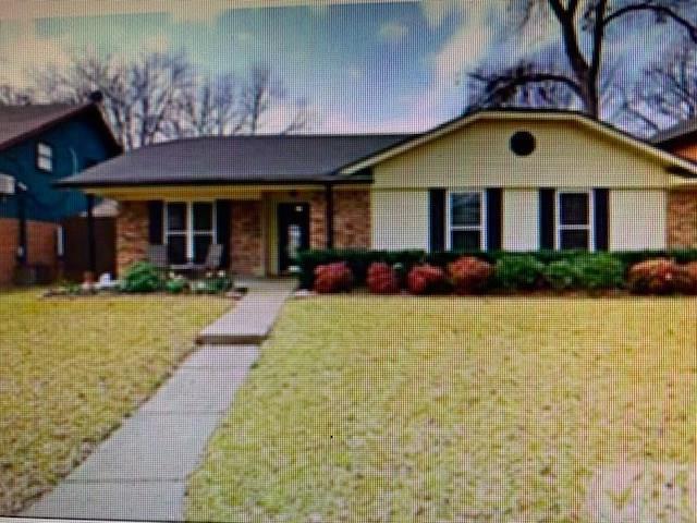 4913 Cliffwood Drive, Garland, TX 75043 (MLS #13989787) :: NewHomePrograms.com LLC