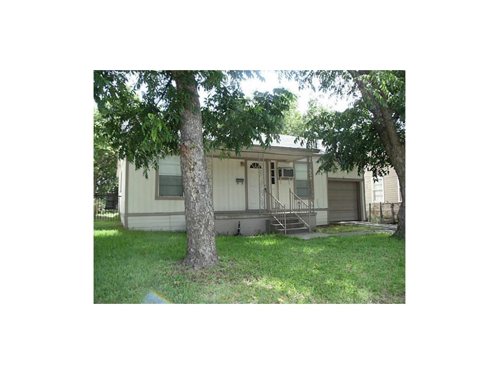 2809 Hemphill Street, Greenville, TX 75401 (MLS #13991656) :: Real Estate  By Design
