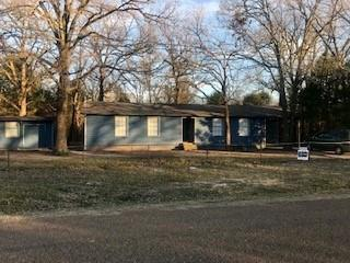 8018 Double Bridge Road, Mabank, TX 75156 (MLS #13992627) :: The Real Estate Station