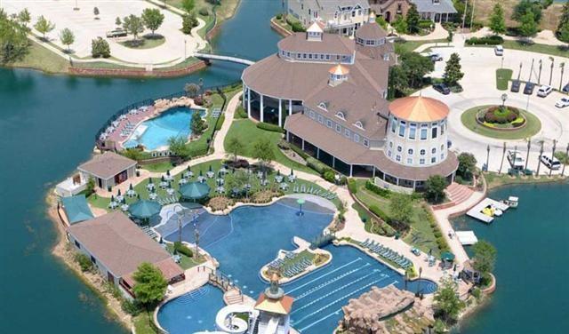 1505 Ellis Lane, Aubrey, TX 76227 (MLS #13993540) :: RE/MAX Landmark