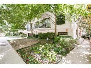 4111 Gilbert Avenue #108, Dallas, TX 75219 (MLS #13994237) :: The Heyl Group at Keller Williams
