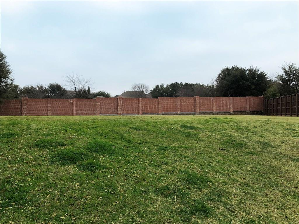 4012 Memorial Court - Photo 1