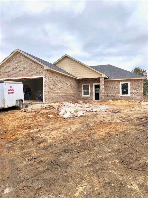 5809 Stonegate Circle, Granbury, TX 76048 (MLS #14003120) :: The Heyl Group at Keller Williams