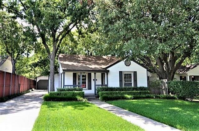4818 Elsby Avenue, Dallas, TX 75209 (MLS #14003275) :: HergGroup Dallas-Fort Worth