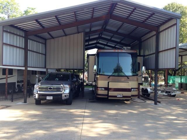 703 Brazos Harbor Circle, Granbury, TX 76048 (MLS #14003386) :: Magnolia Realty
