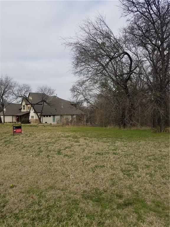 2611 Creekwood Drive, Cedar Hill, TX 75104 (MLS #14005016) :: RE/MAX Pinnacle Group REALTORS