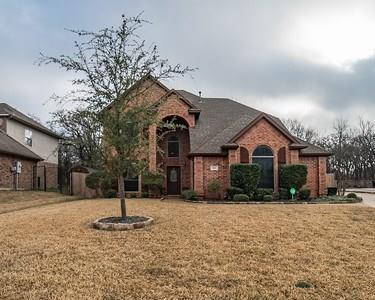 613 Trails End Court, Hurst, TX 76054 (MLS #14018525) :: Robbins Real Estate Group