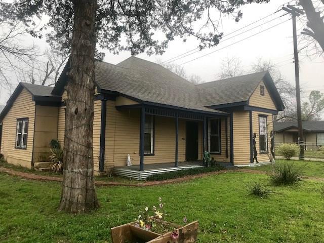 507 N Wilhite Street, Cleburne, TX 76031 (MLS #14019380) :: RE/MAX Landmark