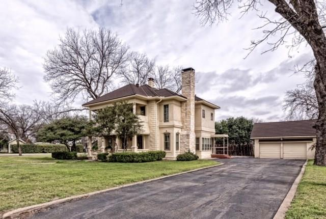 415 N Avenue I, Clifton, TX 76634 (MLS #14019608) :: The Real Estate Station