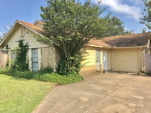 413 Vincent Street, Cedar Hill, TX 75104 (MLS #14023325) :: Kimberly Davis & Associates