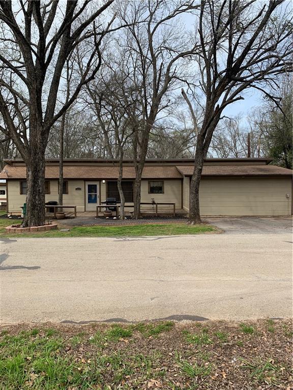 133 Chambers Drive, Alvarado, TX 76009 (MLS #14023880) :: Potts Realty Group