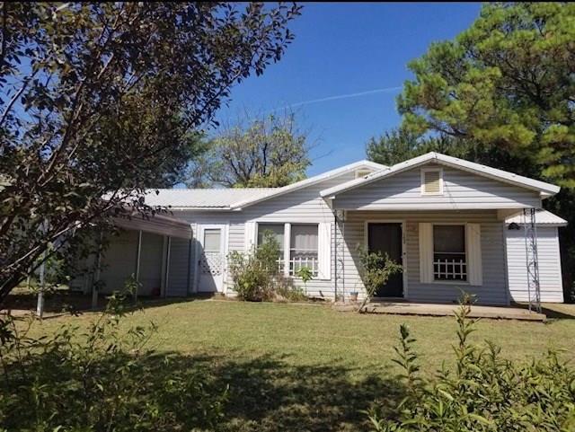 102 S Cedar Street, Savoy, TX 75479 (MLS #14025010) :: Baldree Home Team