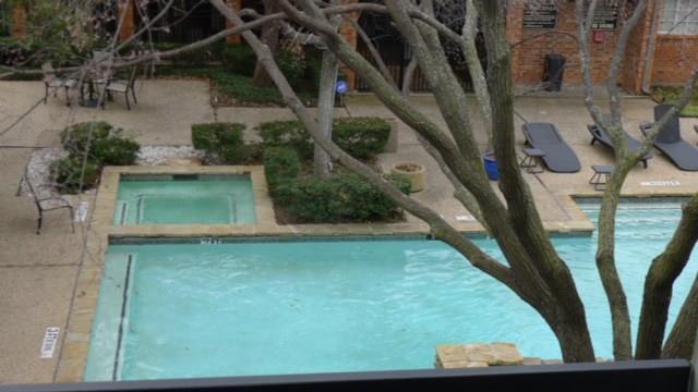 18333 Roehampton Drive #233, Dallas, TX 75252 (MLS #14025783) :: The Heyl Group at Keller Williams