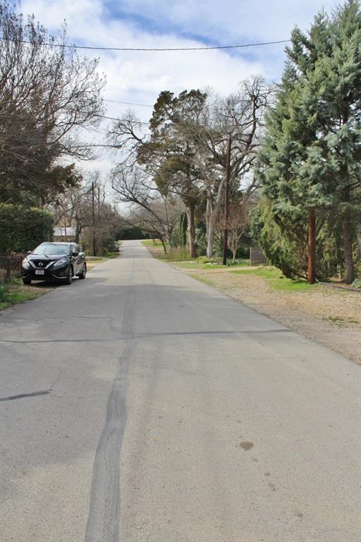 8640 Groveland Drive, Dallas, TX 75218 (MLS #14025834) :: The Hornburg Real Estate Group