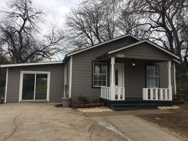 838 29th Street, Grand Prairie, TX 75050 (MLS #14025838) :: The Chad Smith Team