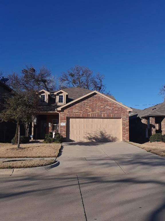 1217 Briarwood Drive, Azle, TX 76020 (MLS #14026237) :: RE/MAX Town & Country