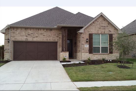 2811 Twin Ridge Drive, Arlington, TX 76001 (MLS #14026988) :: The Chad Smith Team